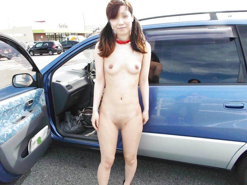 昼間に野外で全裸になる素人女子 (20)