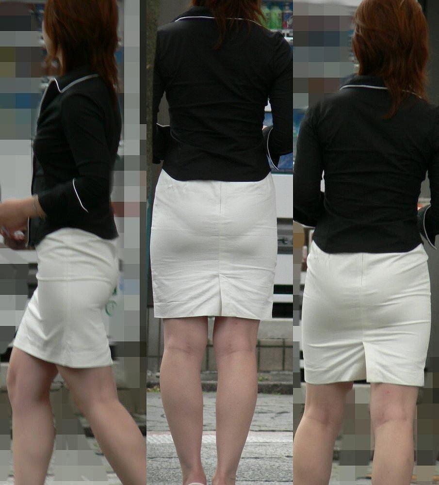 スカートからパンツが透けてる (11)