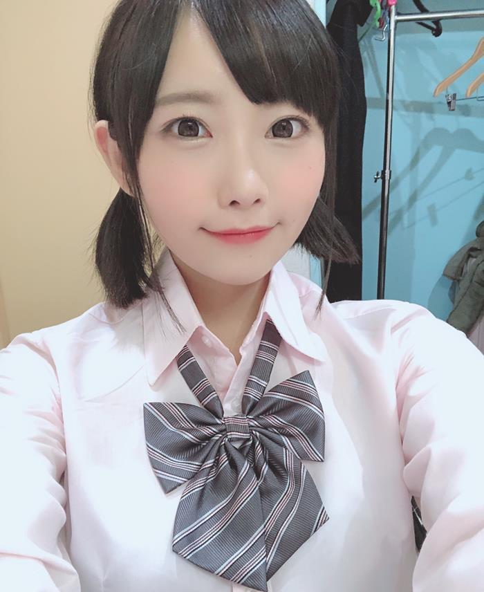 童顔美少女の濃厚SEX、白坂有以 (2)