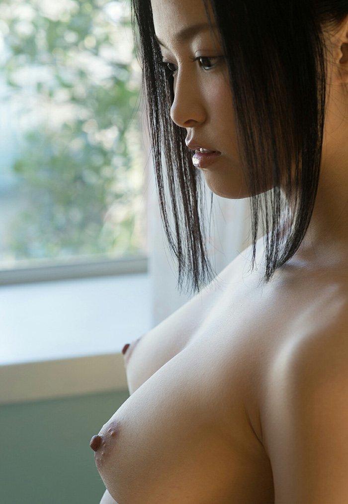 横から見た美乳 (5)