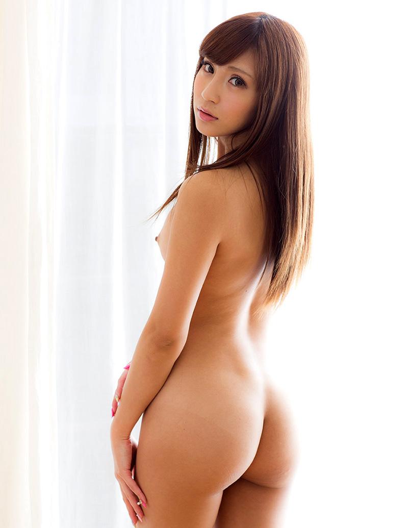 ヌード美尻の曲線美 (16)