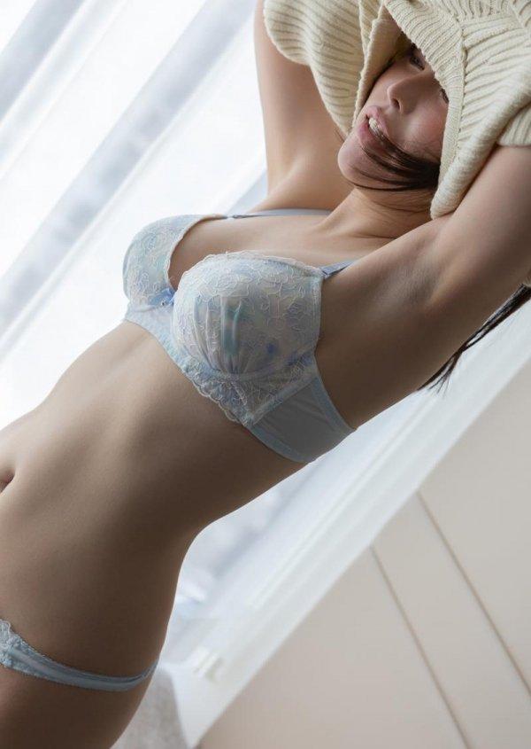 キュートな美少女の生意気なSEX、星仲ここみ (4)
