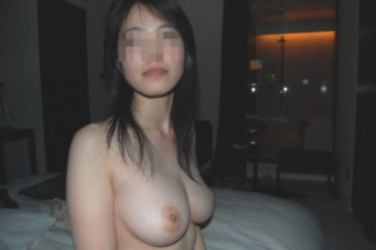 ヌードを撮影された素人女子 (17)