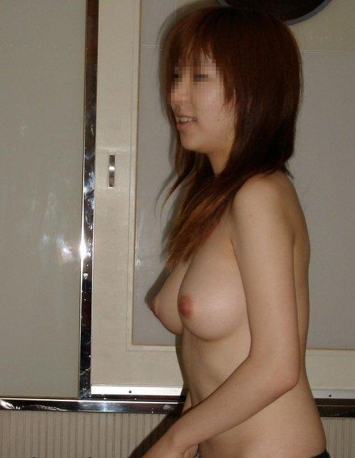 ヌードを撮影された素人女子 (10)