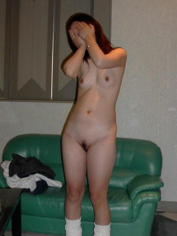 ヌードを撮影された素人女子 (13)