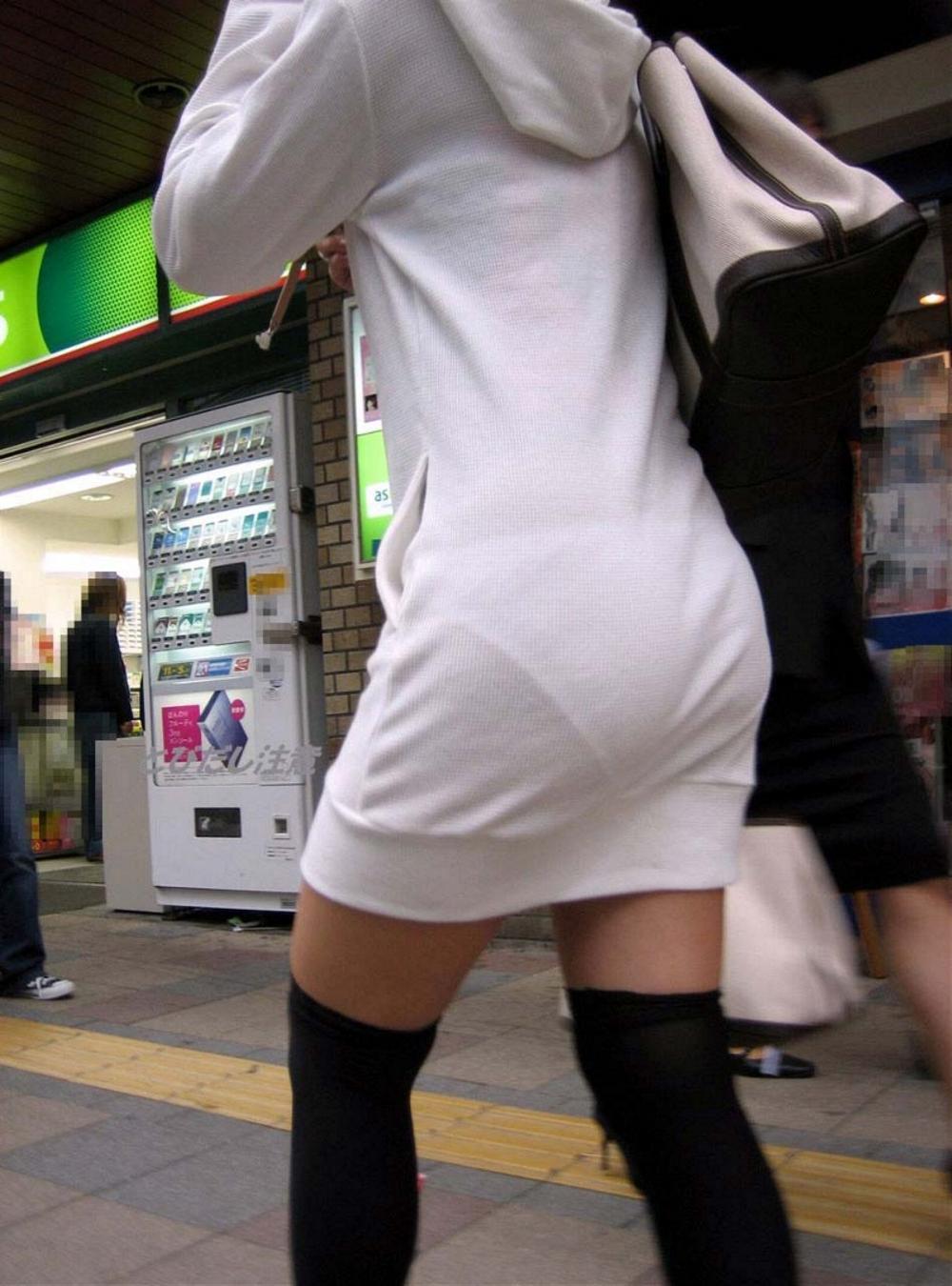 パンツが透けまくりな素人女子 (5)
