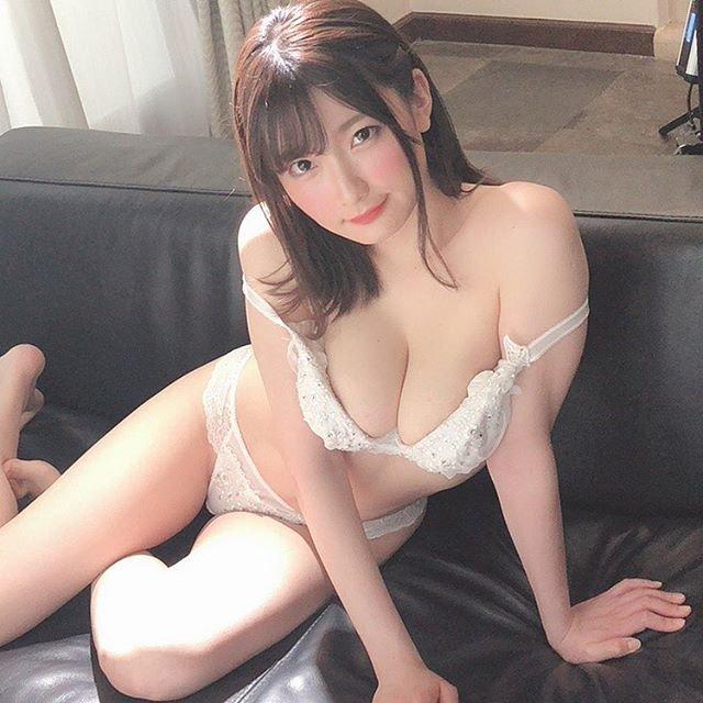 爆乳美女の生々しいSEX、鷲尾めい (4)